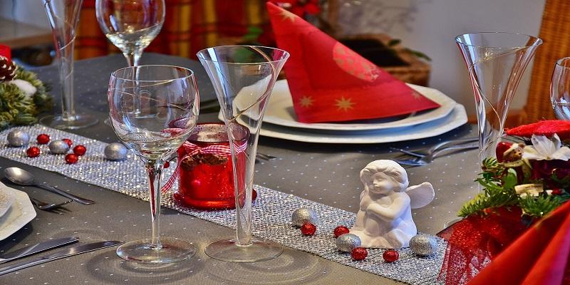10 ideja za božićno dekoriranje stola
