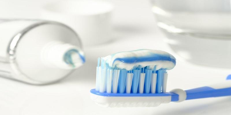 Pasta za zube uklanja akne, jača nokte i pomaže kod posjekotina