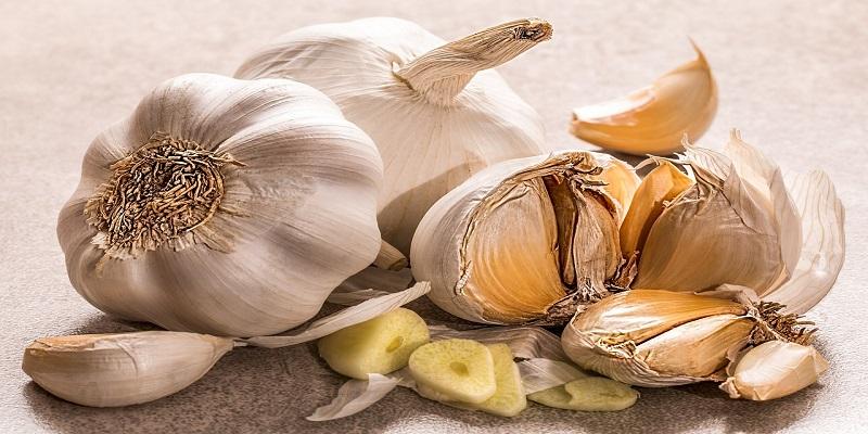 Što se dogodi pojedete li češnjak na prazan želudac?