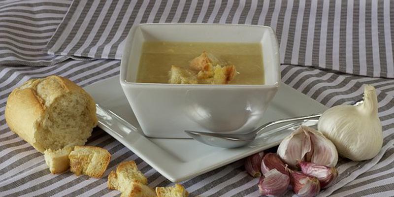 juha od cesnjaka